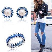 http://www.parttiu.com.br/brinco-safira-glass-perola-girasol-oval.html